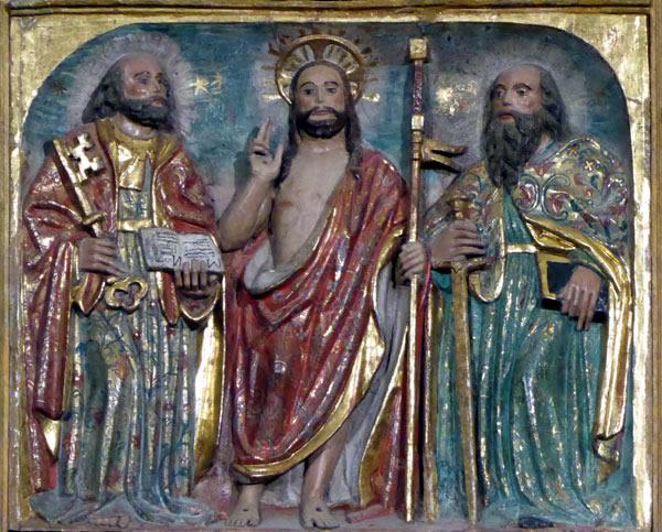 b.- Cristo entre San Pedro y San Pablo.
