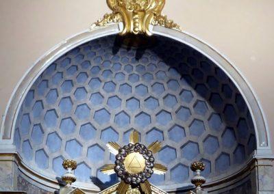 Retablo de la Virgen del Rosario (Bermeo) bóveda casetones