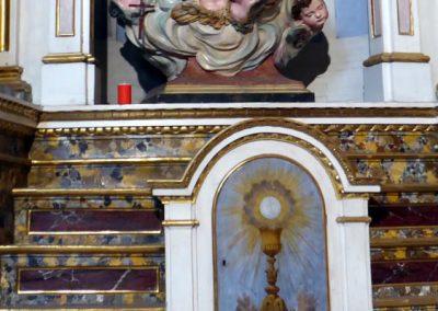 Retablo de la Virgen del Rosario (Bermeo) mármol