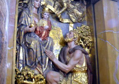 Santuario de Santa María de la Antigua (Orduña) relieve